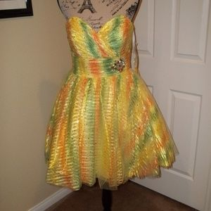 HANNAH S YELLOW MULTI-COLOR  FORMAL DRESS SIZE 12